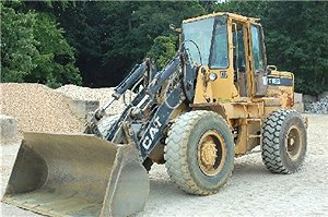 EARTHMOVERS: LOADERS, RUBBER TIRES