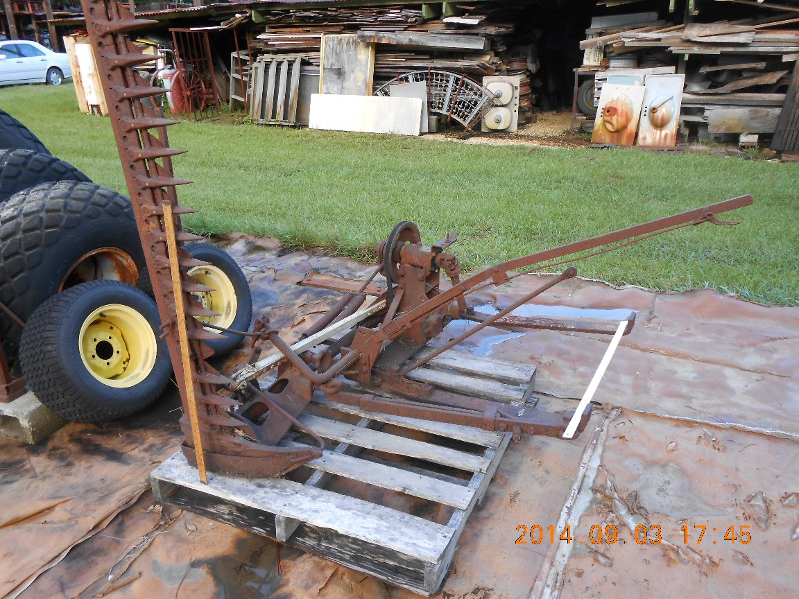 AGRICULTURAL IMPLEMENTS FOR TRACTORS
